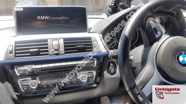 10 25 inch BMW 3 Series (F30) Navigation System with FREE Reverse Camera